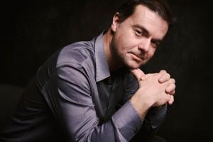 Carlos Apellániz – piano