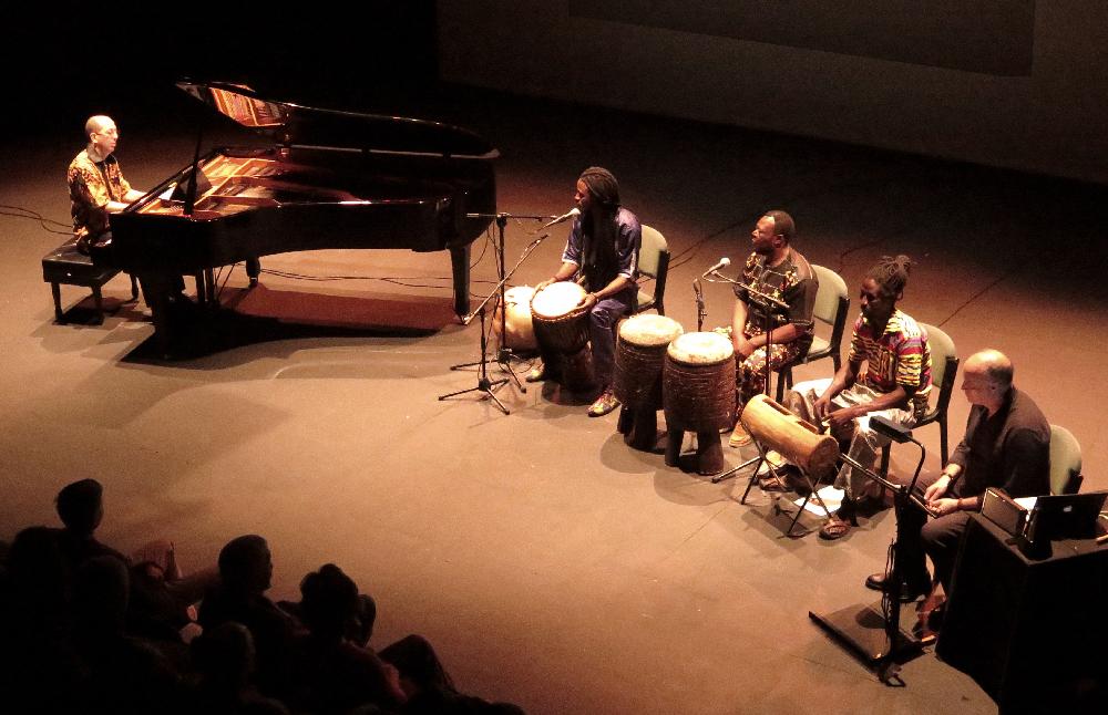 Ligeti-Africano-Teatro-Central